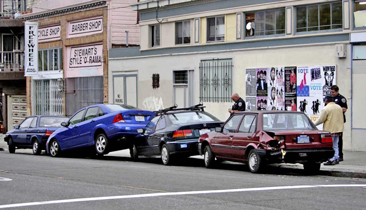 Что делать при ДТП на парковке