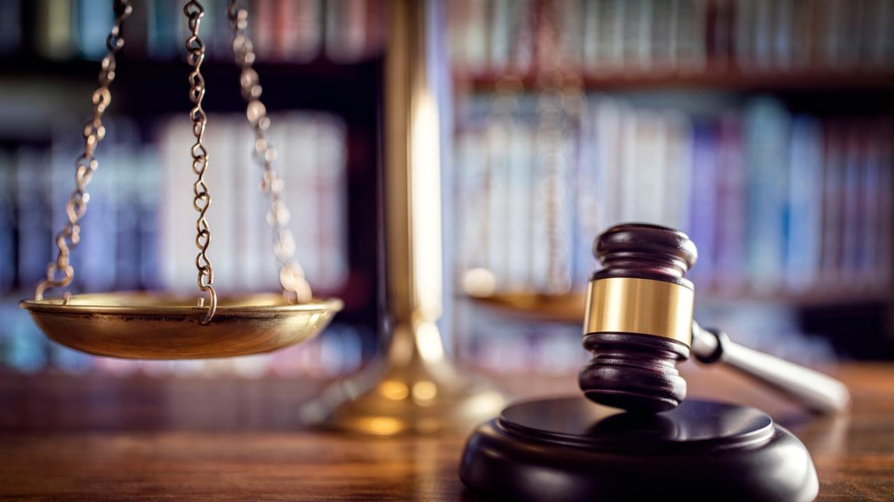 Что делает судья после получения иска о расторжении брака