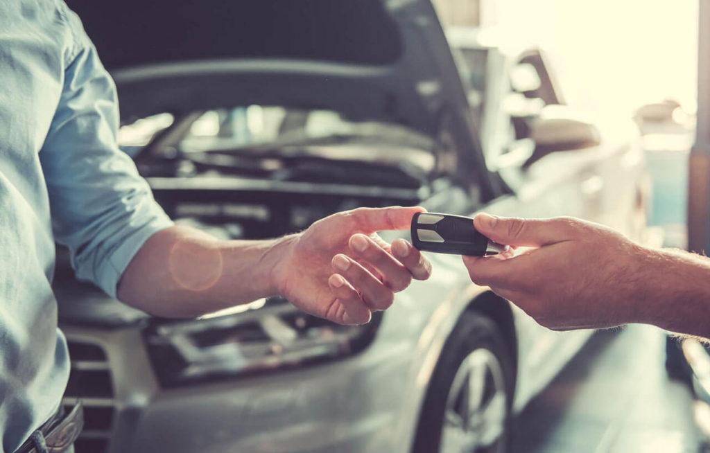 Всегда проверяйте условия договора при покупке автомобиля. Если возникли сомнения - обращайтесь к юристам.